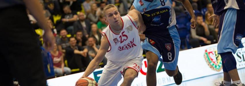 Beniaminek postraszył faworyta ligi – WKS uległ Spójni po zaciętym meczu